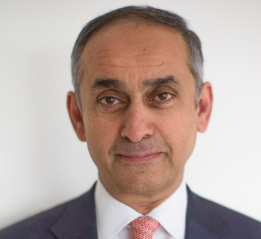 Lord Darzi Joins Aurora Prize Selection Committee main image